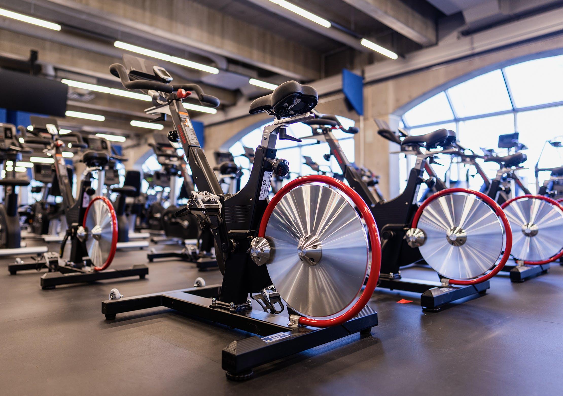 Salle d'entrainement - Zone d'entrainement cardiovasculaire | CEPSUM